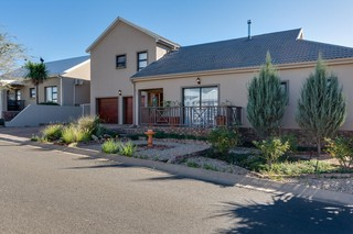 20 Properties and Homes For Sale in Oudtshoorn, Western Cape