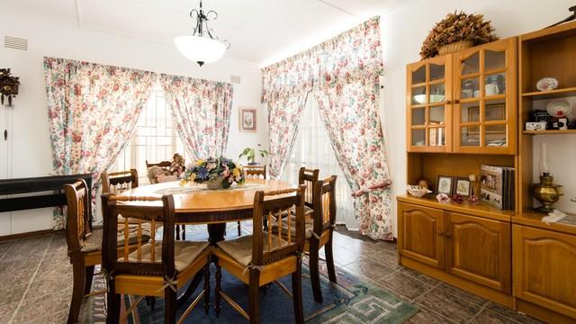 4 Bedroom House For Sale In Glen Barrie